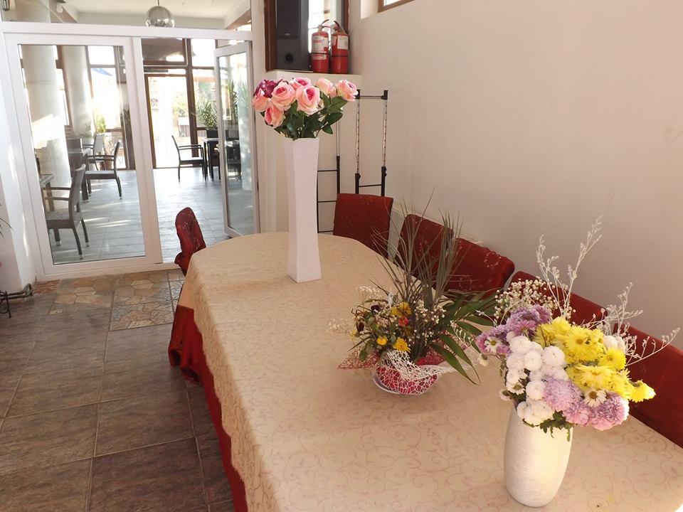 Hanul Potelu modenizat restaurant